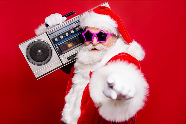 xxxitaliane-XXXmas-AlbumPornHubChristmas-Babbo-Natale-con-radio-in-spalla