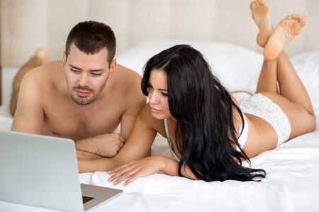 xxxitaliane-coppia-guarda-video-porno