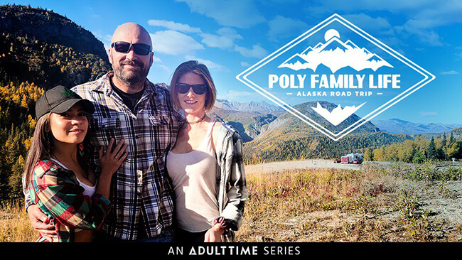 xxxitaliane-porno-poliamoroso-Poly-Family-Life-AdultTime